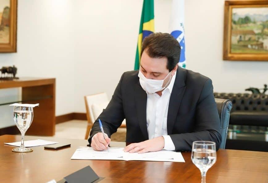 Governo do Paraná prorroga fechamento do comércio até 1º de abril