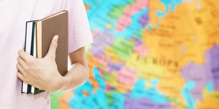 Nota do ENEM pode garantir vagas em universidades do exterior; veja como usar