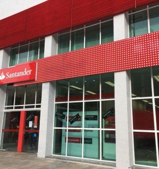 Santander anuncia mais de mil vagas de estágio com salários altos e inscrições online