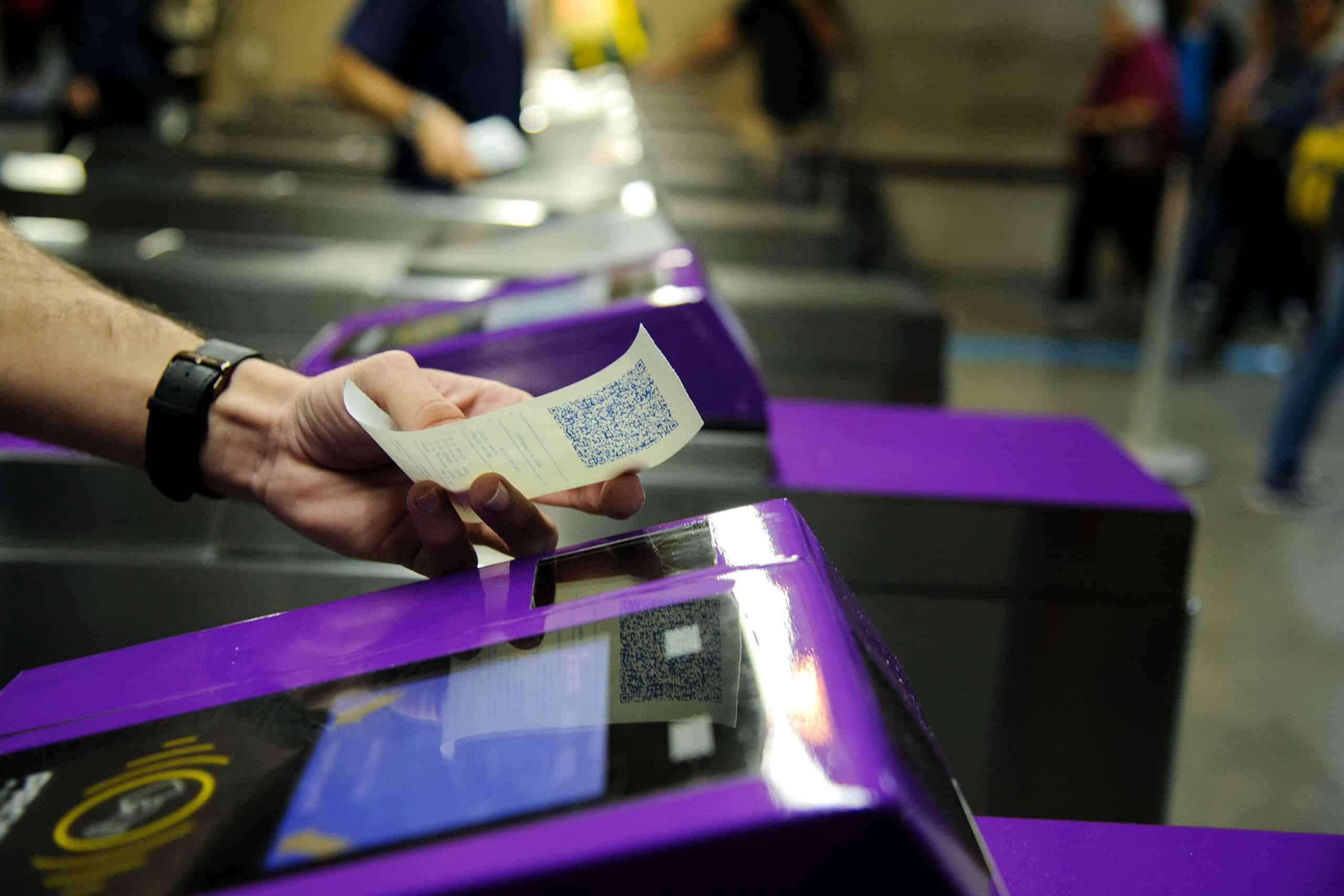 Trem e metrô de SP passam a emitir bilhete com QR Code; saiba como funciona