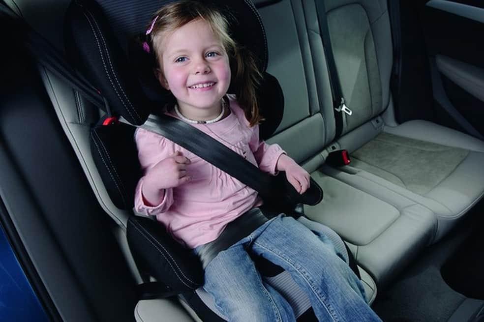 Novas regras de trânsito mudam leis para viagem de crianças