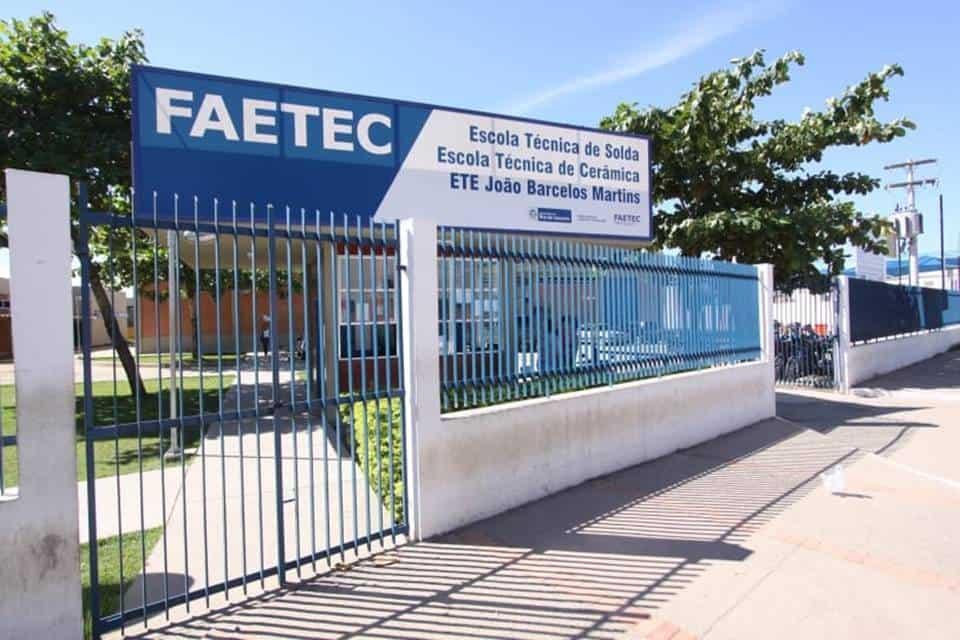 FAETEC prorroga prazo para matrícula online de calouros; saiba como fazer