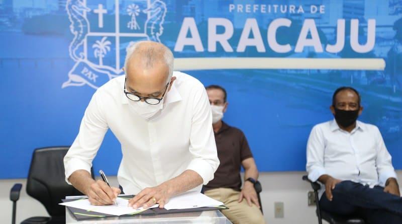 Auxílio Aracaju cria calendário de inscrição no auxílio emergencial municipal; participe! ganha nova versão para moradores de Aracaju