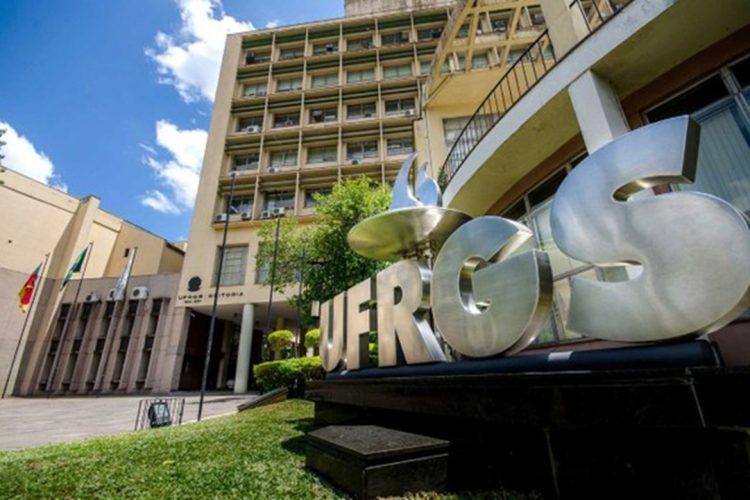 UFRGS estuda usar nota do ENEM para ingresso no ensino superior 2021