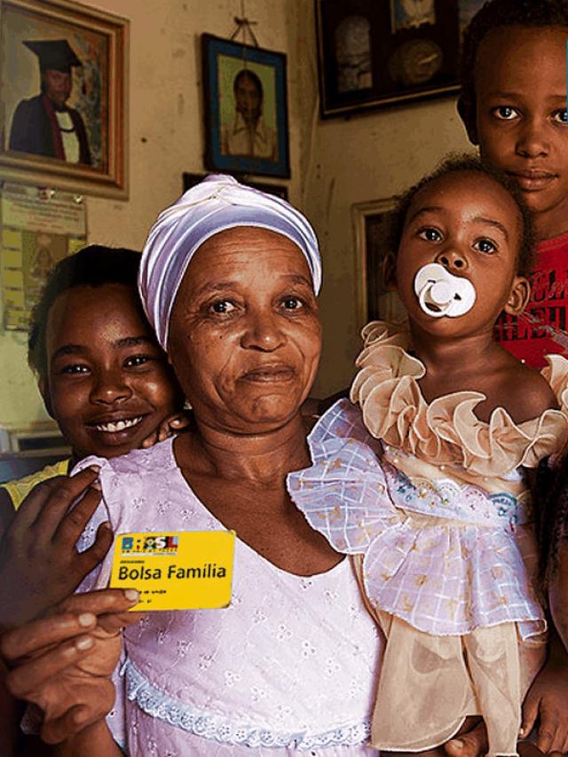 FIM do Bolsa Família: O que vai acontecer com os beneficiários?