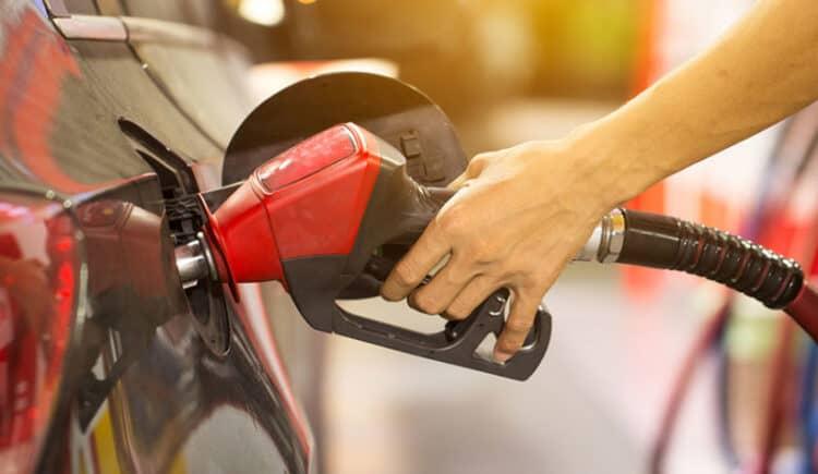 Valores da gasolina assustam! Quanto está custando, em média, no seu estado?