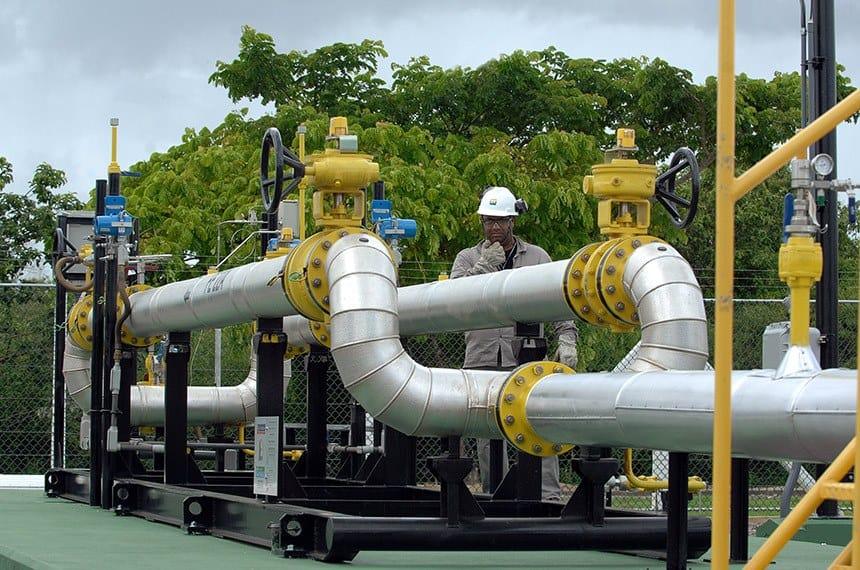 Novo marco do gás: Como o projeto aprovado por Bolsonaro afeta os brasileiros?