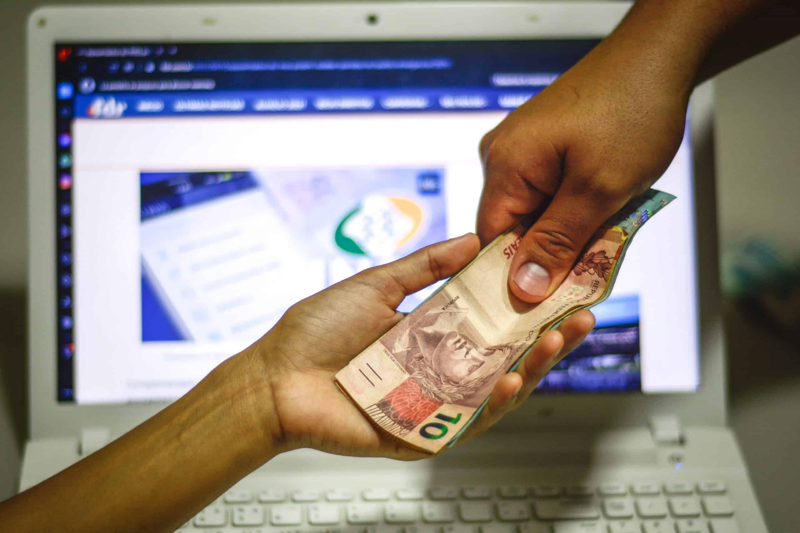 Vale a pena aceitar acordo do INSS? Veja QUANTO pode receber de indenização (Imagem: Marcos Rocha/ FDR)