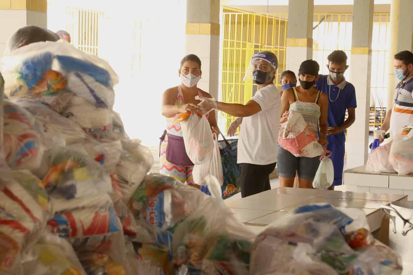Aracaju retoma entrega de kits de alimentação escolar; veja calendário