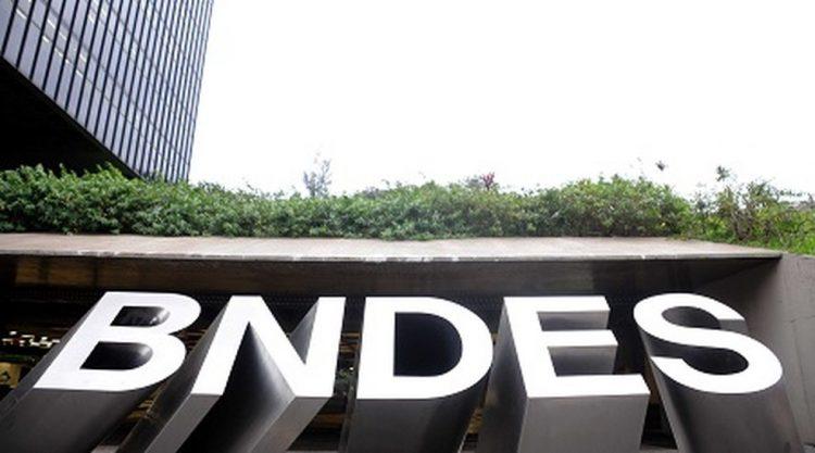 O BNDES estima que mais de cem mil empresas sejam elegíveis para a medida