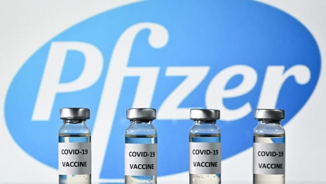 Ministro da Saúde diminui intervalo entre doses da vacina Pfizer