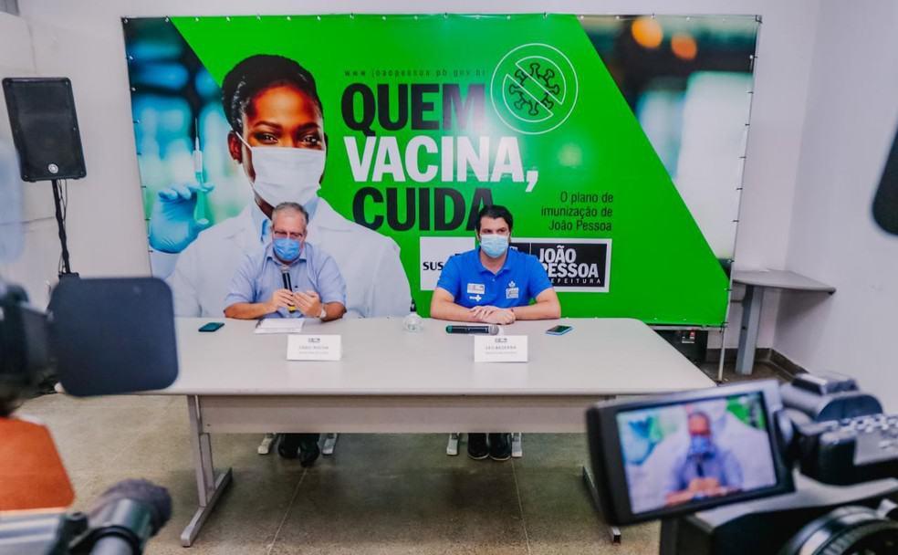 Vacina da COVID-19: Três capitais brasileiras suspendem calendário por falta de doses