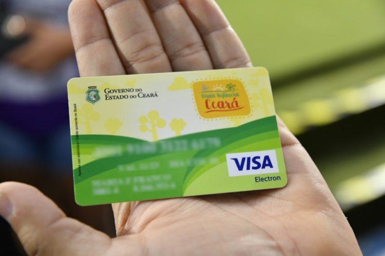 Fortaleza paga terceira parcela de R$ 100 no Cartão Missão Infância