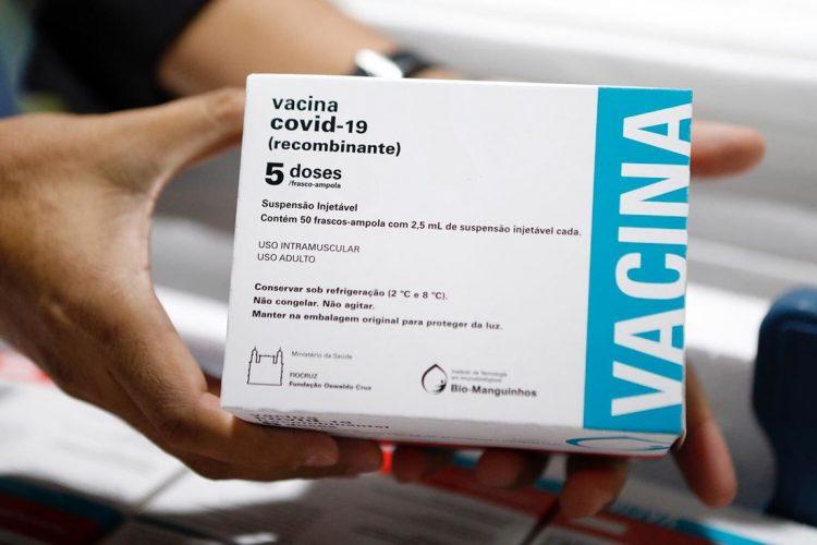 Recife inicia vacinação da Covid-19 para ESTAS pessoas a partir de 18 anos