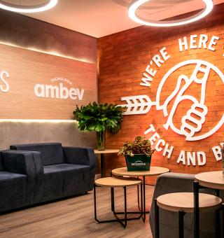 Ambev anuncia 100 vagas de emprego para áreas de Tecnologia e Inovação