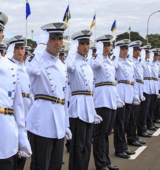 Concurso da Aeronáutica anuncia 900 vagas de emprego para oficiais