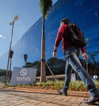Vagas de emprego home office abertas na Totvs; saiba como participar