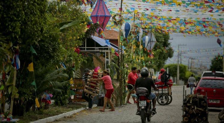 Como o comércio de Pernambuco funciona neste feriado de São João?