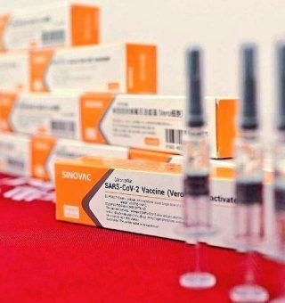 Quais as chances do Ministério da Saúde liberar 3ª dose da vacina da Coronavac?