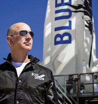 Bilionários fazem viagem de foguete inaugurando turismo espacial; quanto custa?