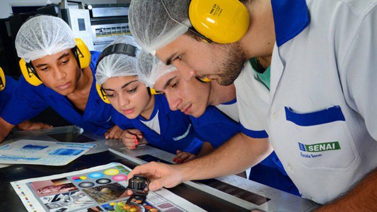 SENAI-PE anuncia 465 vagas para bolsas de estudo em cursos técnicos