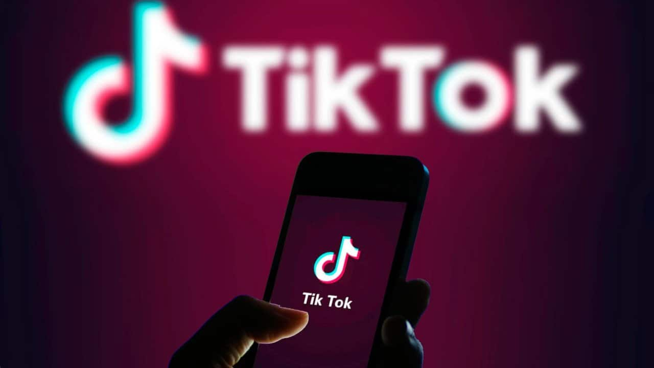 TikTok libera inscrição à vagas de emprego e criação de vídeo-currículo