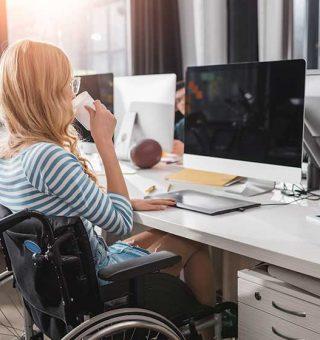 Lojas Americanas abre 180 vagas de emprego para pessoas com deficiência