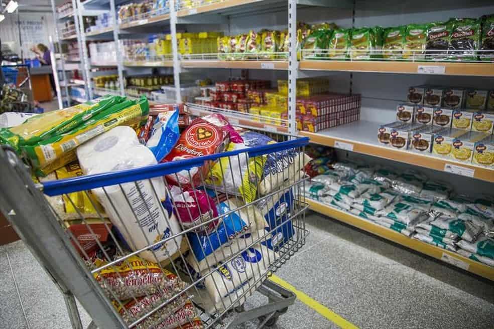 Auxílio alimentar de R$ 70 pago em Curitiba ganha nova prorrogação