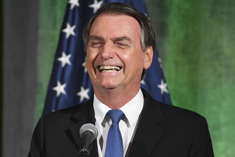 """Bolsonaro coloca reforma do IRPF à prova ao dizer que texto foi com """"muita sede ao pote"""""""