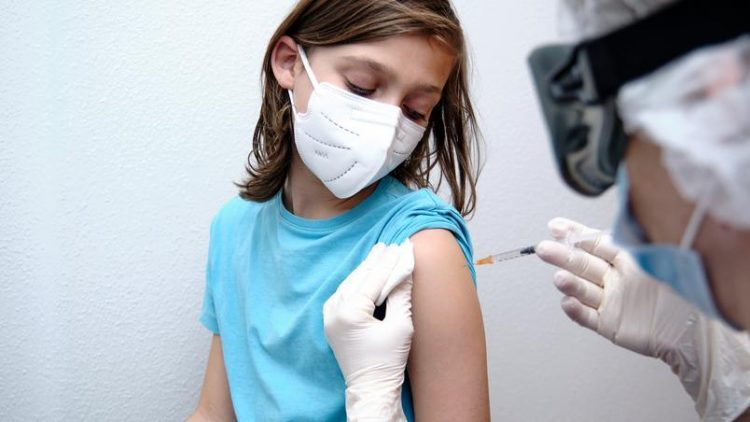 São Luís aplica vacina contra COVID para adolescentes de 14 anos nesta sexta (30)