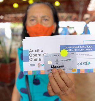 Manaus cria auxílio emergencial local e início distribuição do cartão