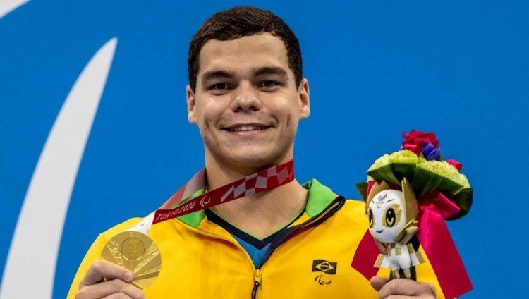 Medalhista paralímpico ganha mesmo salário do olímpico? Compare e descubra