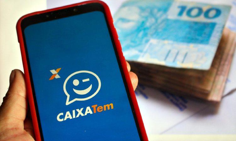 Taxas e condições para contratar empréstimo liberado no CAIXA Tem