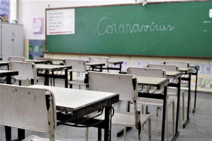 Professores entram em greve sanitária no Pará após falta de vacinas