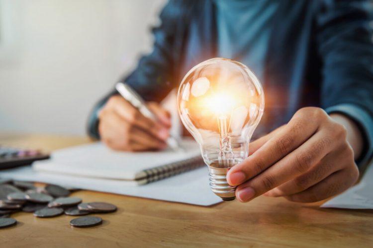 Governo anuncia programa para incentivar menos consumo de energia por empresas