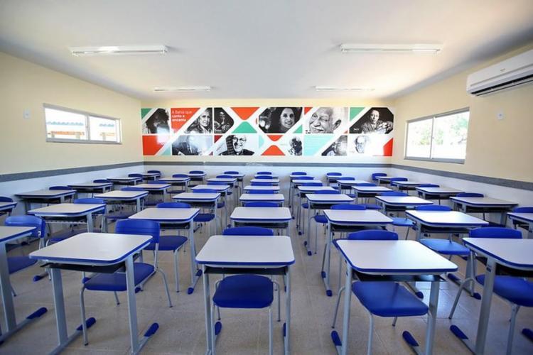 Governo da Bahia garante volta às aulas presenciais ao investir R$ 305 milhões