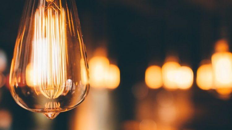 Governo usa aporte da Eletrobras para tentar abaixar tarifa de energia em 2022