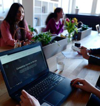 XP Investimentos abre 100 vagas de emprego exclusivas para mulheres