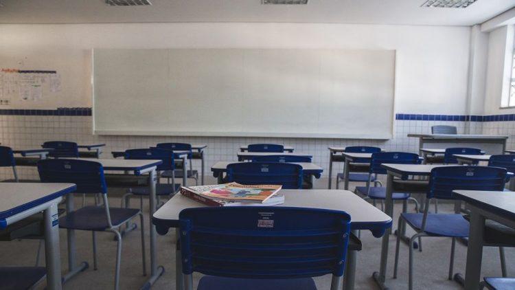 Fortaleza confirma retorno presencial em ensino híbrido para rede municipal