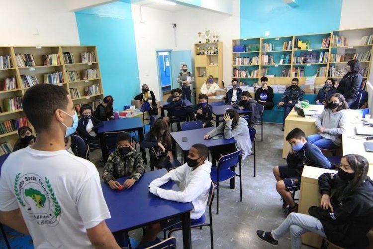 Santos (SP) abre inscrições na matrícula escolar 2022 da rede pública