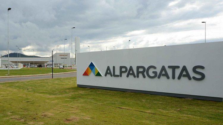Alpargatas abre vagas de emprego no programa de Trainee; salário de R$ 7 mil