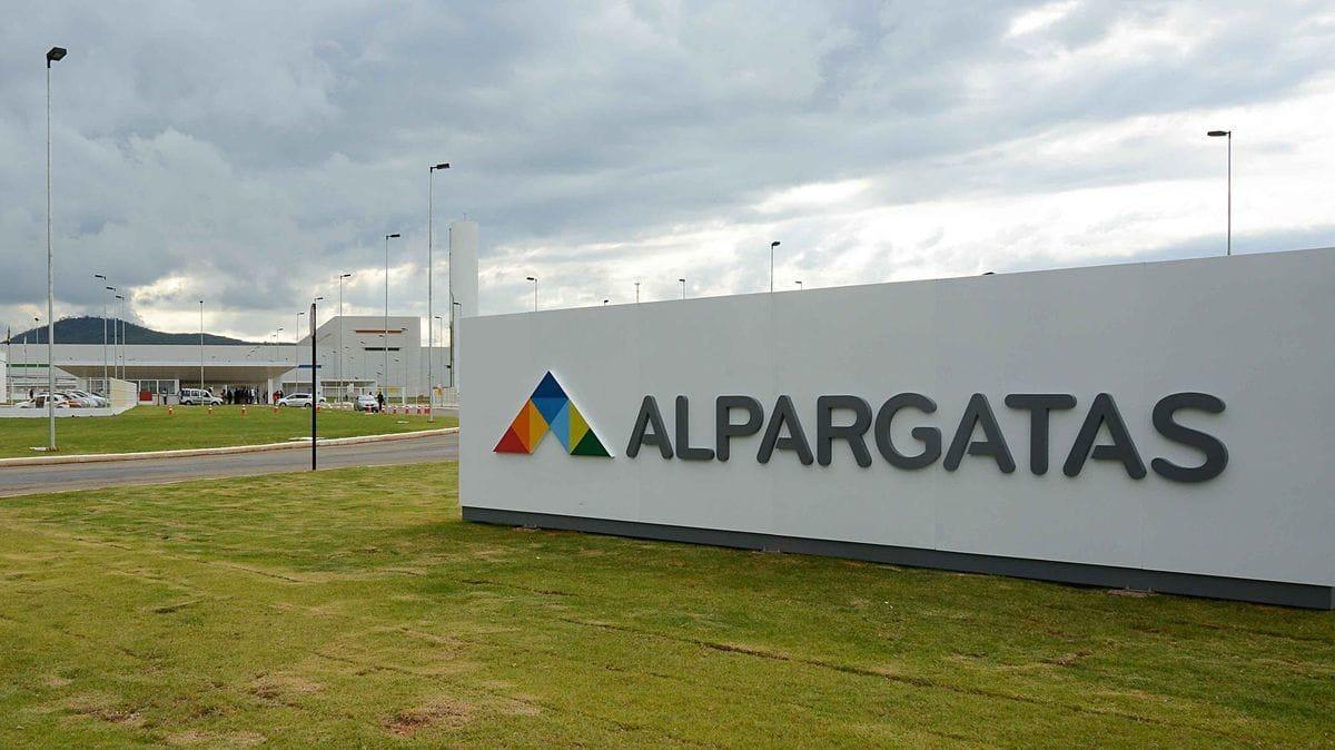 Alpargatas abre vagas de emprego no programa de Trainee; salário de R$ 7 mil (Foto: Reprodução Google)