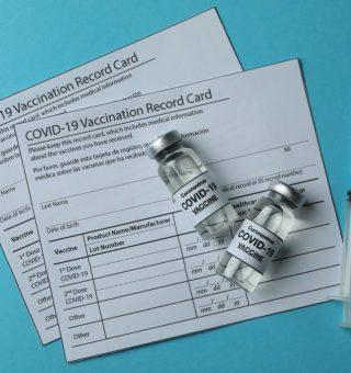 Passaporte da Vacina no RJ ganha nova data de lançamento para este mês