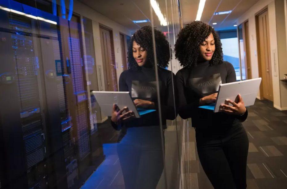 Microsoft abre inscrições para mentorias gratuitas exclusivas às mulheres pretas e pardas (Imagem: Reprodução Central RBN)