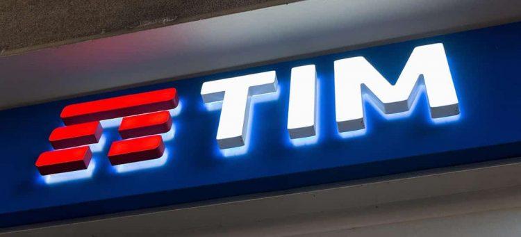 TIM abre vagas de emprego para estagiário exclusivas para mulheres
