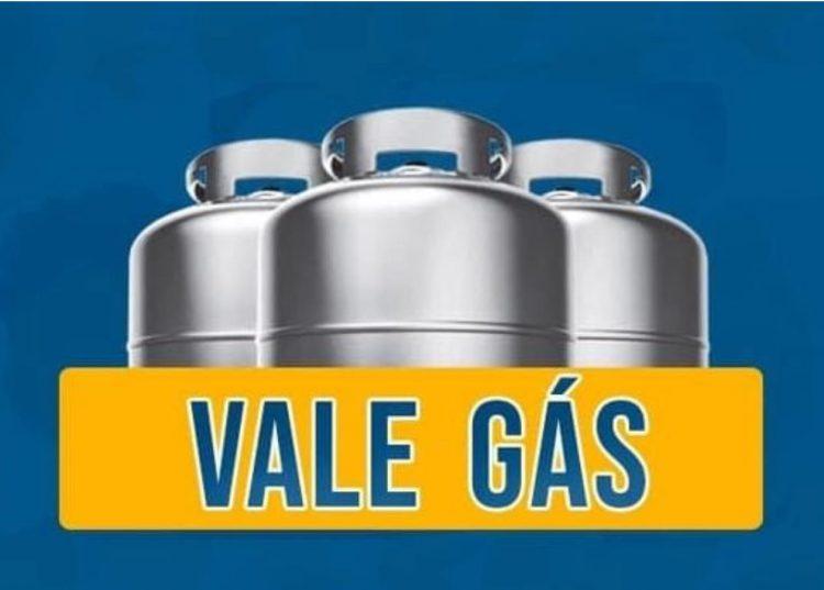 Senado analisa programa que libera auxílio gás para famílias de baixa renda