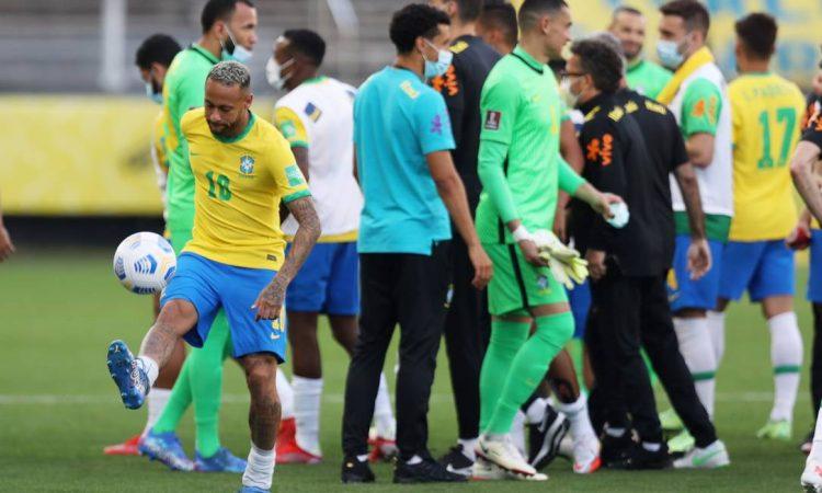 Jogo entre Brasil e Argentina foi suspenso; Anvisa tem poder para isso?